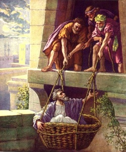 Saul lowered in a basket